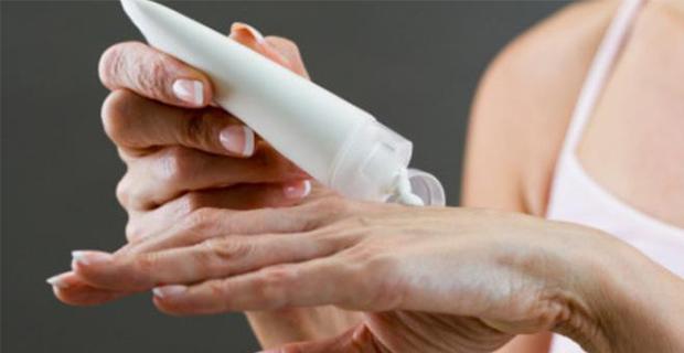 Perbedaan Manfaat Lotion untuk Badan dan Tangan