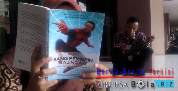 Mirip Dengan Spiderman, Ahok Bawa Jaring Untuk Menangkap Pelaku Korupsi
