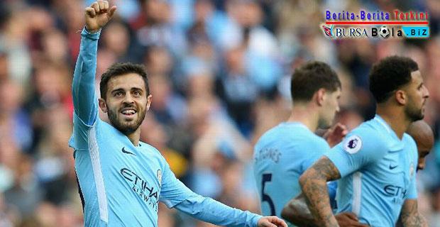 Terancam Gagal Dapatkan Coutinho, Barcelona Beralih ke Gelandang Manchester City