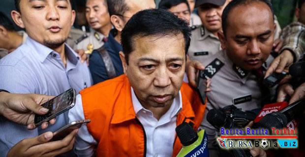 Siapkah Setya Novanto Tunduk dan Mundur Dari Kursi Kepemimpinan Ketua DPR?