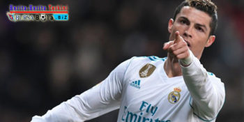 Real Madrid Bantai Sociedad, Cristiano Ronaldo Cetak Hattrick