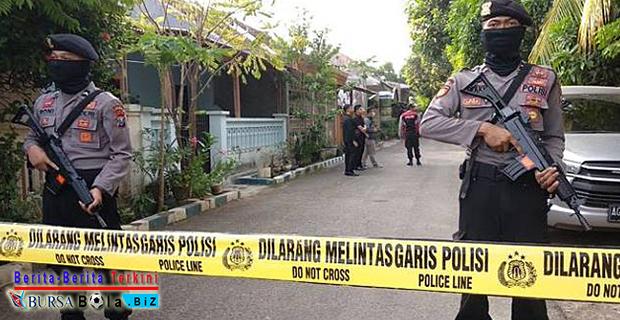 Temukan Sejumlah Bahan Peledak Pembuatan Bom, Densus 88 Tangkap 1 Terduga Teroris di Probolinggo