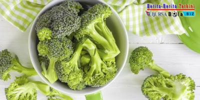 Tips Singkirkan Ulat Pada Sayuran Brokoli, Mau Tahu?